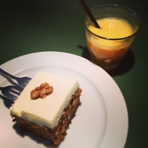 Kiwi+Peach: Berlin Food Guide, Ginger Carrot Cake at Aunt Benny