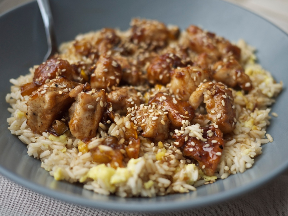 Kiwi+Peach: Sesame Chicken