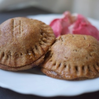 Mini Apple Hand Pies with Salted Caramel