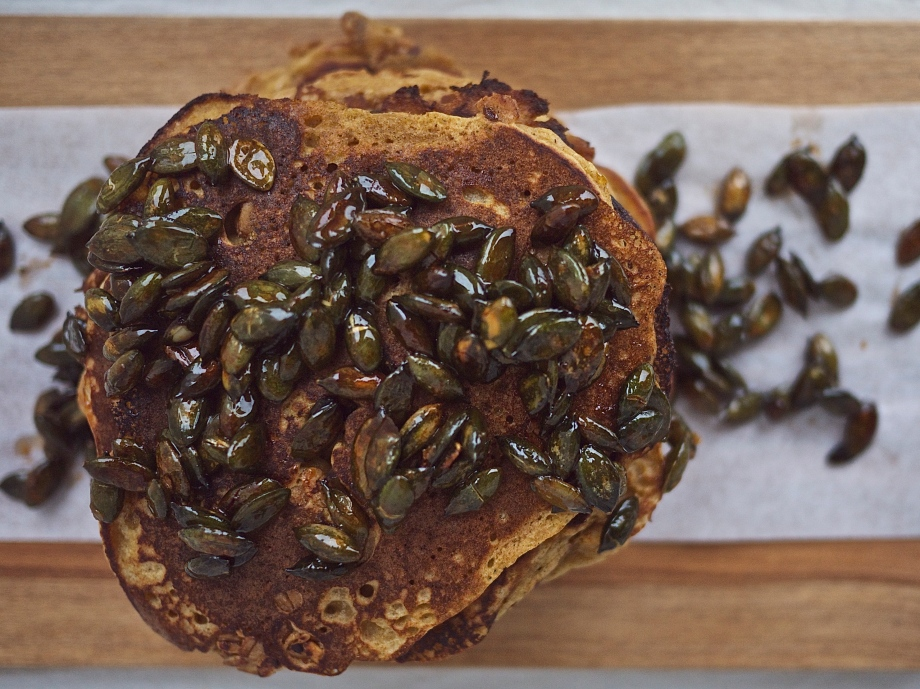Spiced Pumpkin Seeds on Whole Wheat Pumpkin Spice Pancakes from Kiwi and Peach
